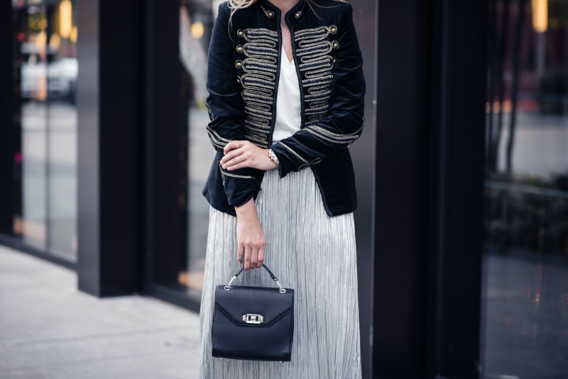 NSALE MIXING METALLICS, NORDSTROM ANNIVERSARY SALE, VINCE CAMUTO PLEAT FOILED KNIT SKIRT, BLANKNYC VELVET BAND JACKET